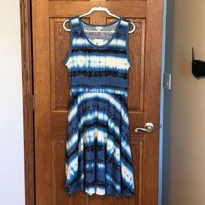 LuLaRoe New Release Blue Tie Dye Nicki w/Pockets